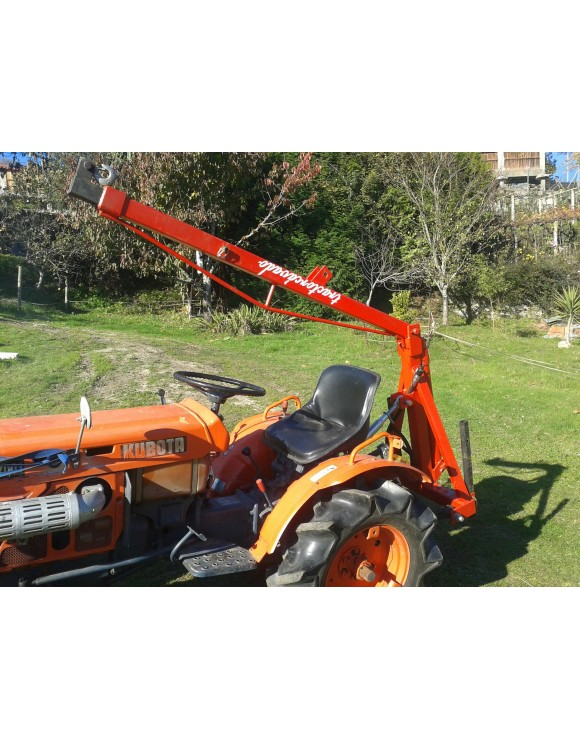 Pluma mini tractor